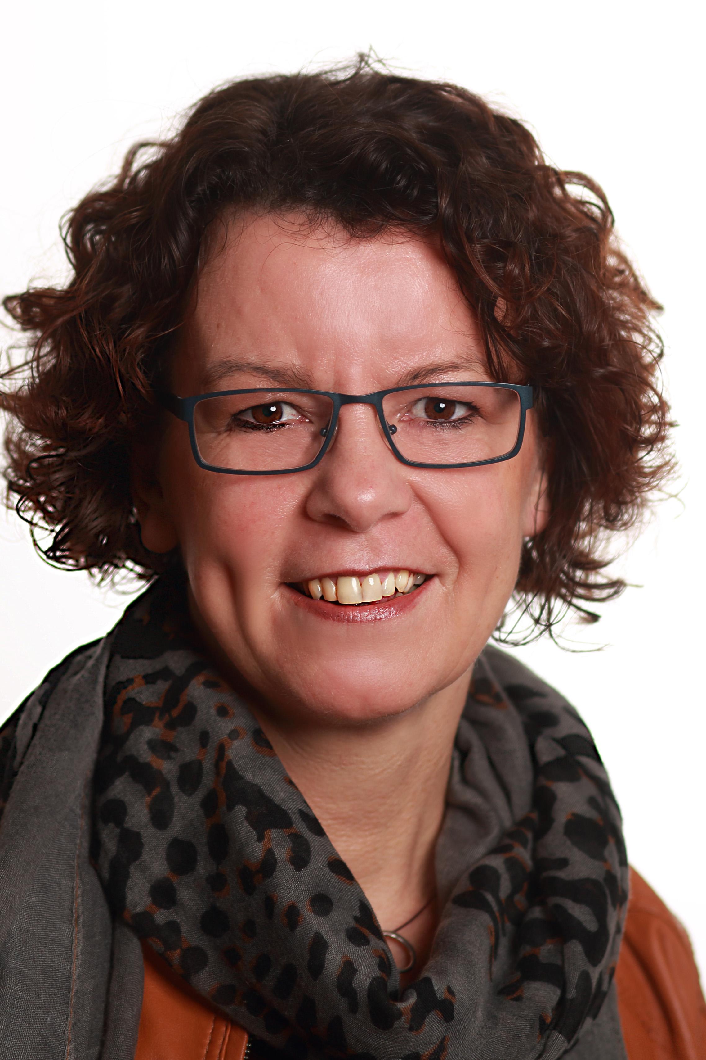Ingrid Thoonen, Linking | Social & Sales